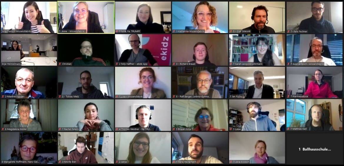 Die Teilnehmer*innen beim Bildungsbarcamp Schule trifft Start-up