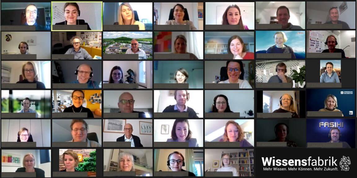 Abeitskreis: Das Foto zeigt die Teilnehmer*innen des digitalen Arbeitskreises